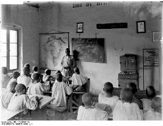 A school in Wuga, German East Africa, between 1906 and 1918