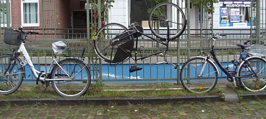 Bicycles in Bremen-Sebaldsbrück, August 2015